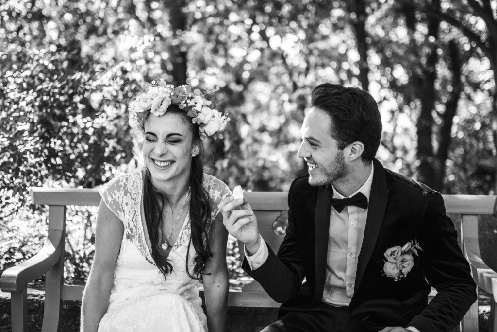 """<a href=""""https://annabellephotograp.wixsite.com/annabelleallison"""">  <img src=""""DSC_8248-1024x683.jpg"""" alt=""""photo de mariage séance coule marié pris sur le vif en noir et blanc""""> </a>"""