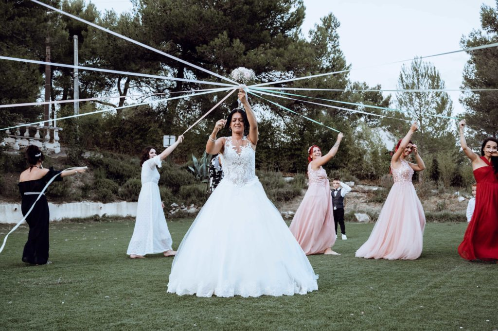 jeu du ruban bouquet de la mariée